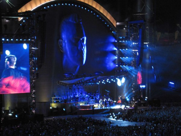 Robbie Williams entertainte das Olympiaststadium!