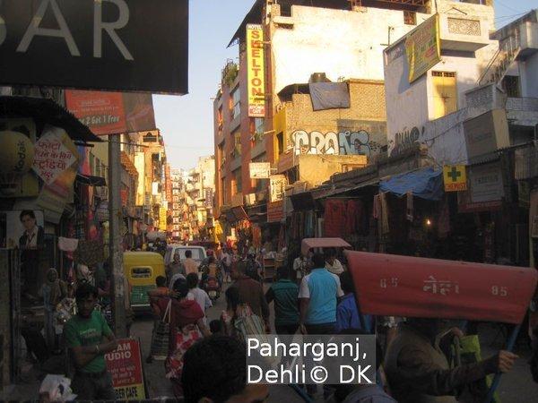 Straßenszenen in Dehli, Khajuraho Tempel, Antiplastikkampagnen